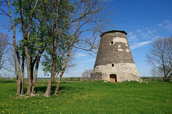 Lihula old mill ruins