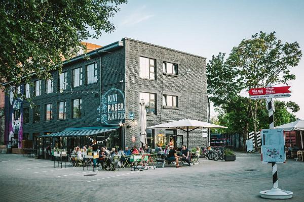 """Glutenfreies Restaurant """"Kivi Paber Käärid"""" (dt. Schere, Stein, Papier)"""