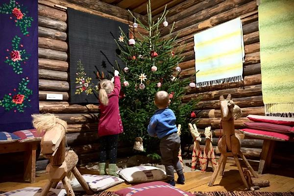 """Programmet i C.R. Jakobsons Gårdsmuseum """"Julen på gården"""""""