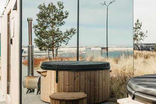 Купальные бочки Hetke Sauna в яхтенном порту Haven Kakumäe