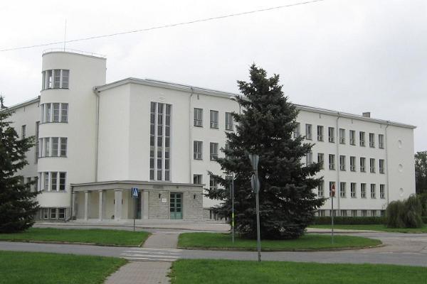 Rakveren lukion rakennus