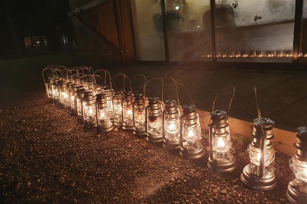 Turer i lyktljus till Rummu stenbrott och till Tuhamäes vandringsleder