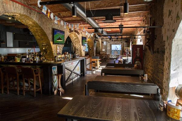 """Bierrestaurant """"Beer Garden"""""""