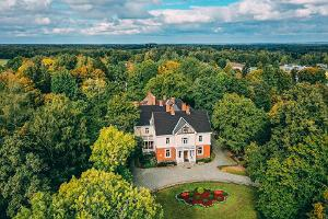 Olustvere Manor Park