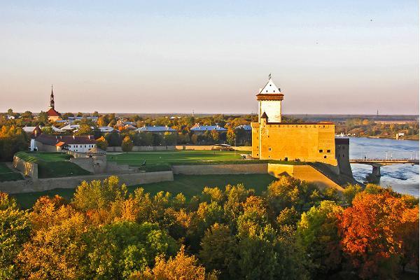 Fotoseiklus ajaloolises Narvas