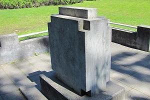 Das Denkmal für den Freiheitskrieg im Wald Palermo in Rakvere