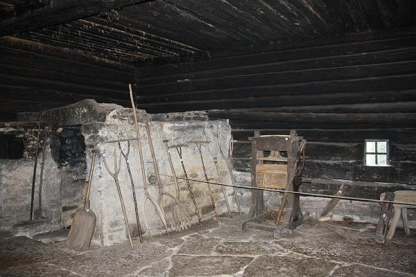 Mihkli Lauku sēta-muzejs Sāremā