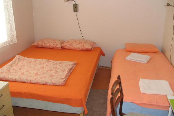 Allik Hostel
