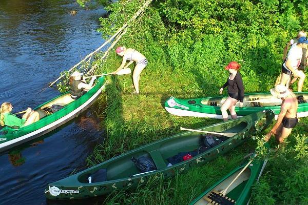 Kanu- und Bootstouren von Matkapesa