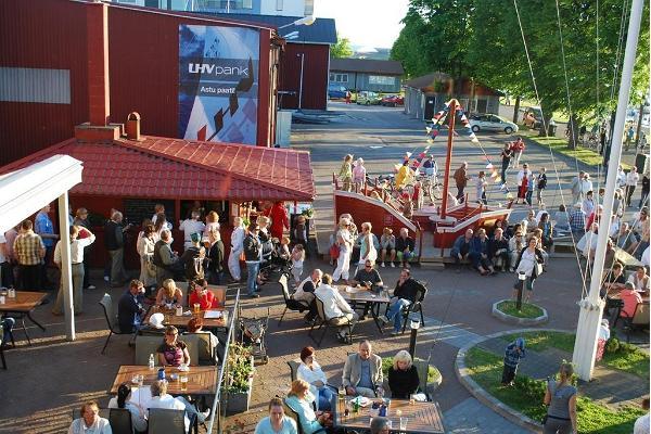 Pärnu båthamns restaurang