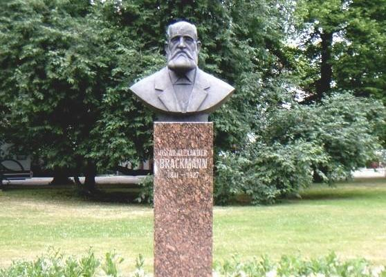 Oscar Brackmanni mälestusmärk