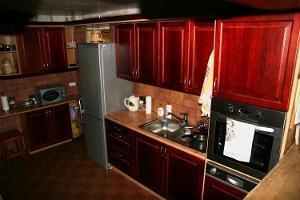 Talu pemaja köögi kapid ja seadmed