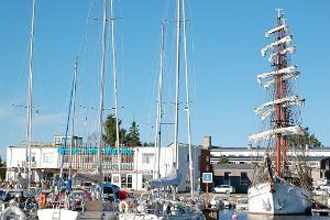 Der Jachthafen Grand Holm Marina