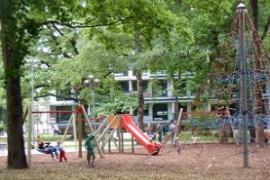 Vanhan puiston leikkikenttä Pärnussa