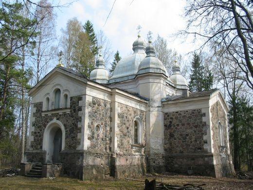 Orthodoxe Himmelfahrtskirche in Uruste