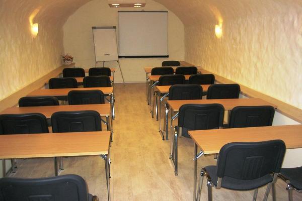 """Hosteļa """"Vanalinna"""" semināru telpas"""