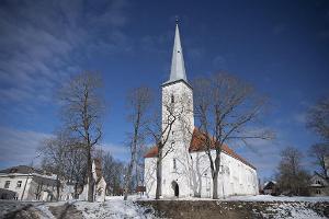 Церковь св. Михаила и музей в Йыхви