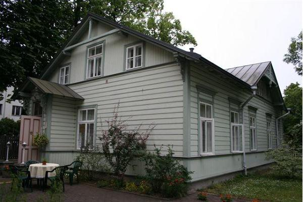 Guesthouse Poska Villa