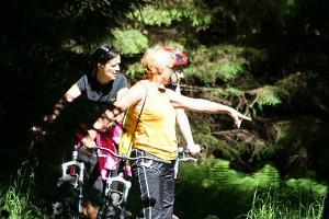 Поход на самокатах по дорожкам и туристическим тропам в Пюхаярве, Отепя