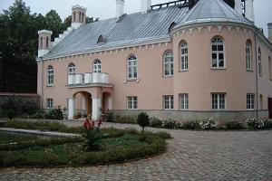 Karlova herrgård